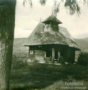 bisericuță_lemn